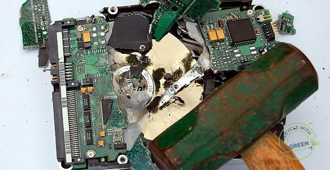 the-hard-drive-destruction-process-what-the-steps-are-and-how-to-diy-image